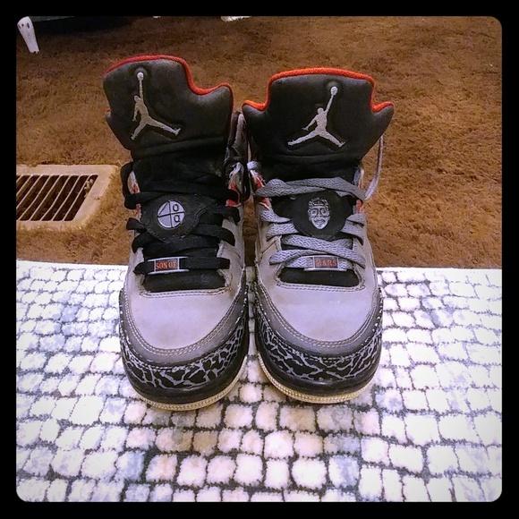 6ac8a45ffb460d Jordan Other - Jordan Son of Mars Low GS size 7Y